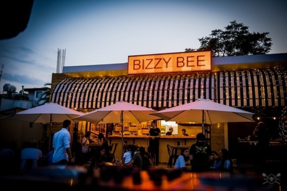 Bizzy bee: το all day breakfast & brunch με τον street χαρακτήρα!
