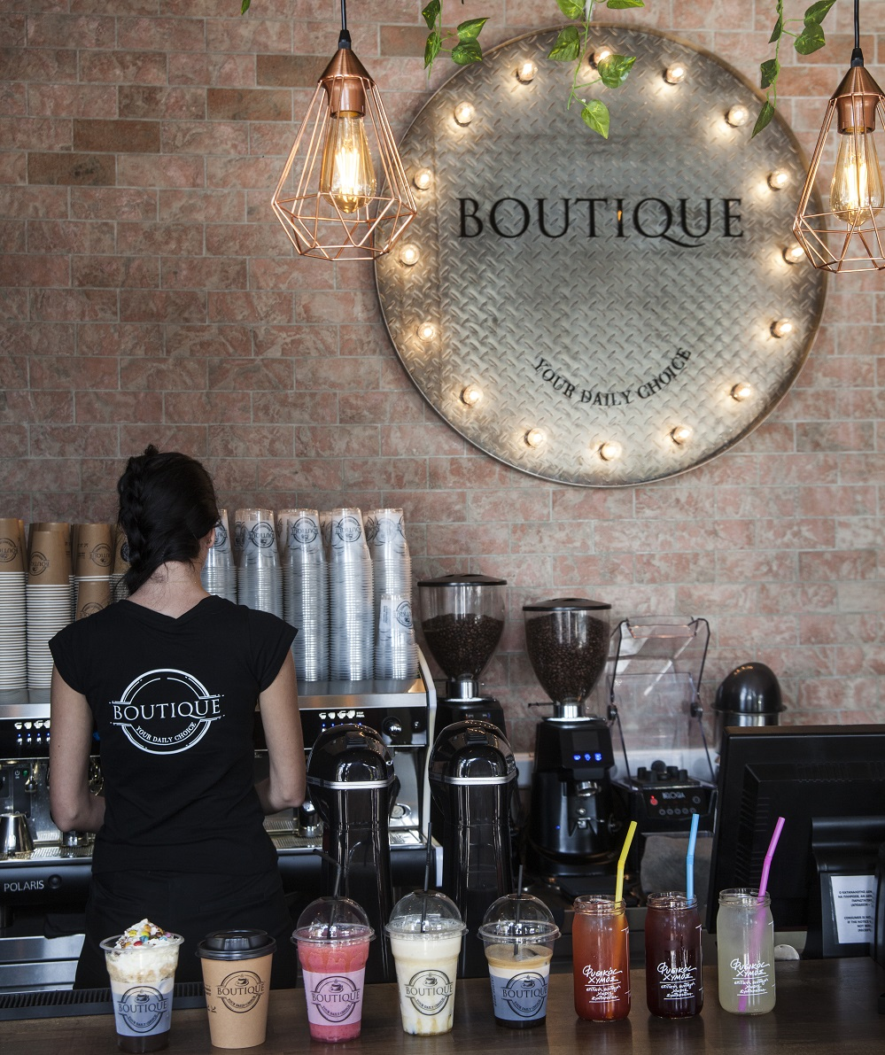 boutique cafe1