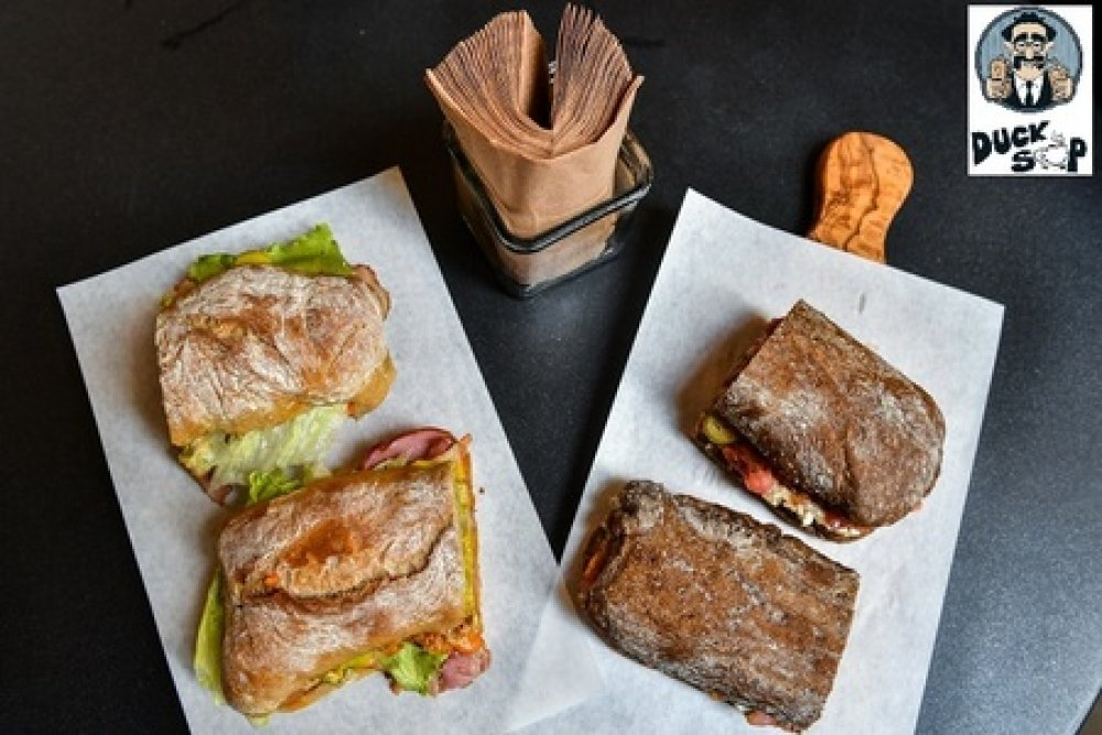 To Duck Soup «μυεί» τους franchisees στον κόσμο των gourmet sandwiches!